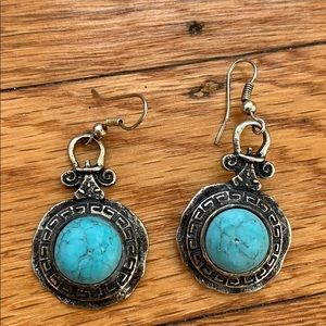 Jewelry - Turquoise & Silver earrings